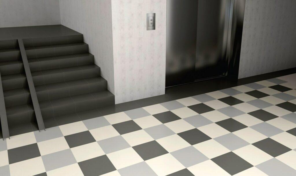 Плитка на полу в подъезде